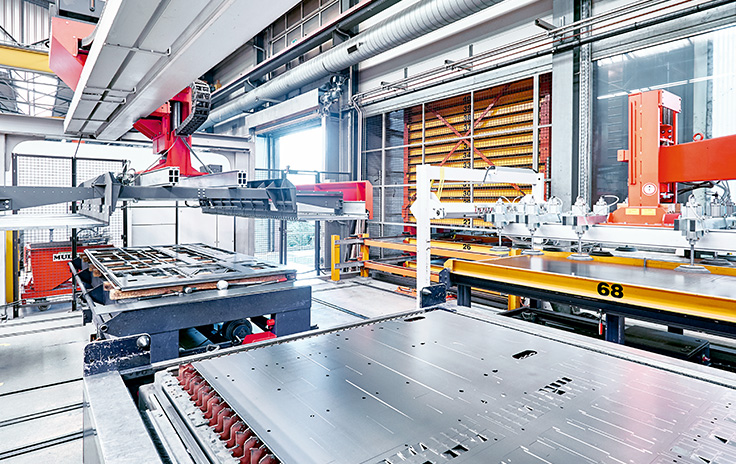 Peter Huber and Bystronic, Switzerland: PC-based control in retrofit of sheet metal warehouse for laser cutting system